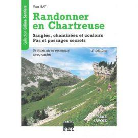 RANDONNER EN CHARTREUSE 32 ITINERAIRES