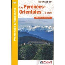 D066 LES PYRENEES ORIENTALES... A PIED